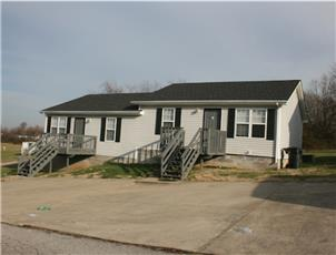 Beels Subdivision Duplexes apartment in Oak Grove, KY