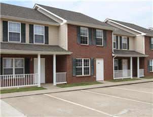 Gateway Village Townhomes & Apartments apartment in Clarksville, TN