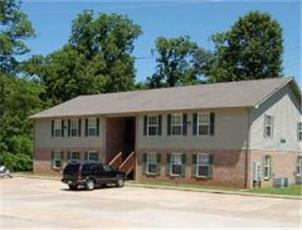 Whispering Hills  apartment in Oak Grove, KY